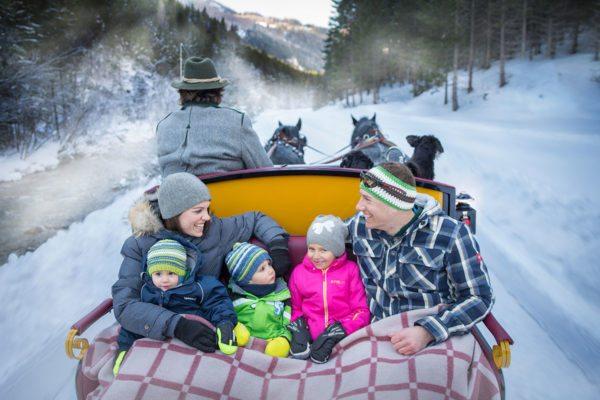 Pferdeschlittenfahrten im Winterurlaub im Lungau, Salzburg